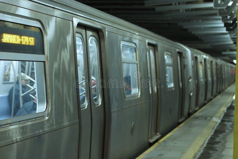 Untergrundbahn - NYC lizenzfreie stockfotos