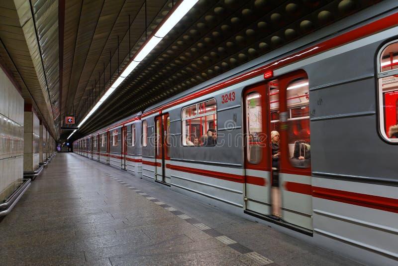 Untergrundbahn von Prag lizenzfreies stockfoto