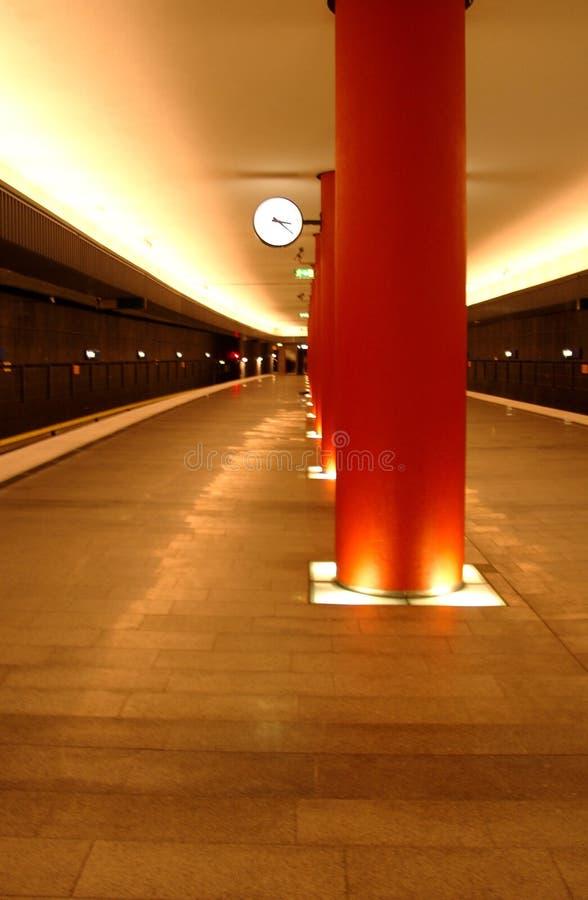 Untergrundbahn-Zeit stockfoto