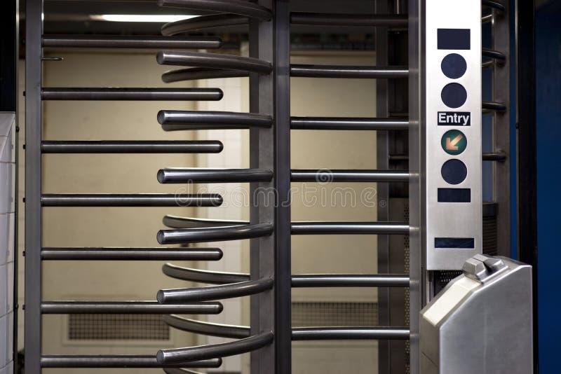 Untergrundbahneingang lizenzfreie stockbilder