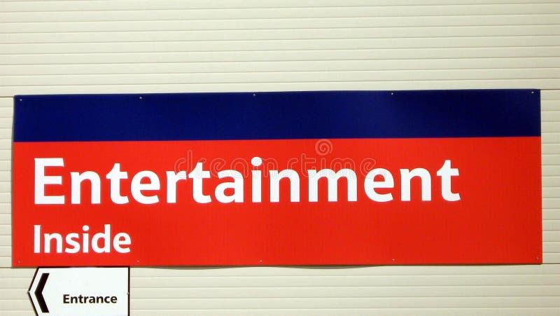 Unterhaltung innerhalb des Zeichens Eingangszeichen stockfotografie