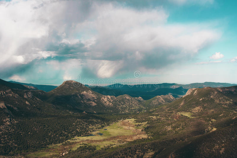 Unterlassung der Berge stockbilder