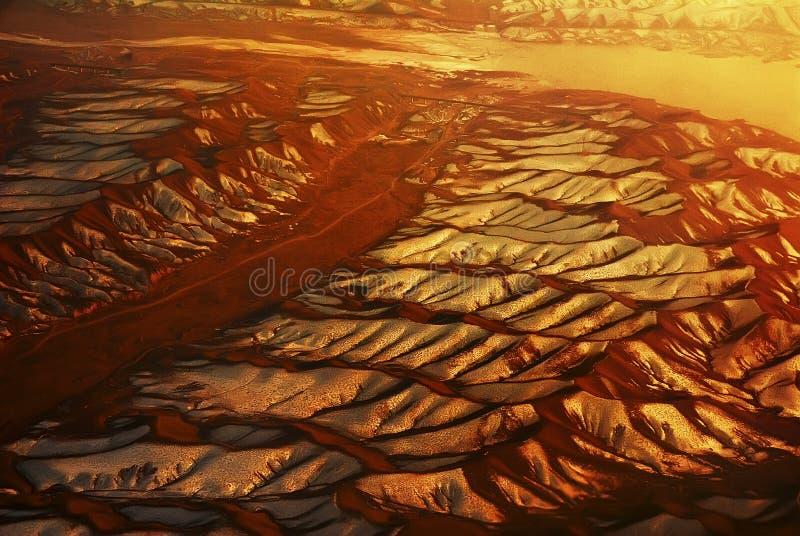 Unterlassung der beträchtlichen Gobi-Wüste von der Steuerung stockfotos