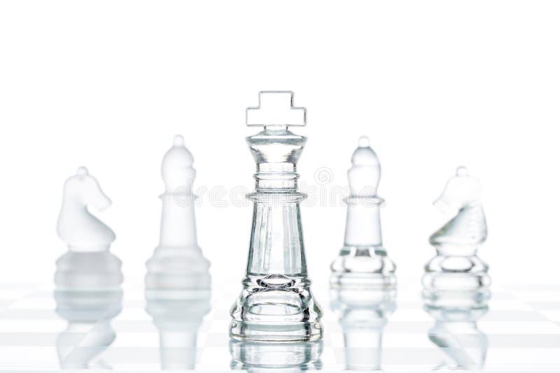 Unternehmensstrategie Geschäfts-Wahl, transparentes Glasschach grou lizenzfreie stockbilder