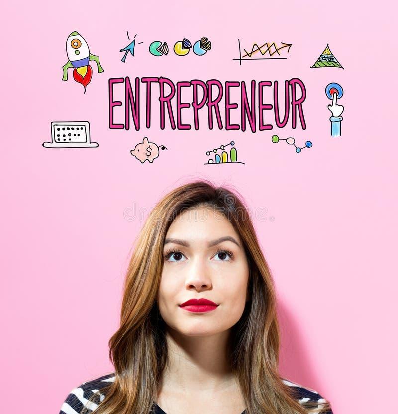 Unternehmertext mit junger Frau lizenzfreie stockfotos
