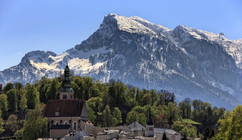 Download Untersberg в Зальцбурге стоковое фото. изображение насчитывающей снежок - 40579362