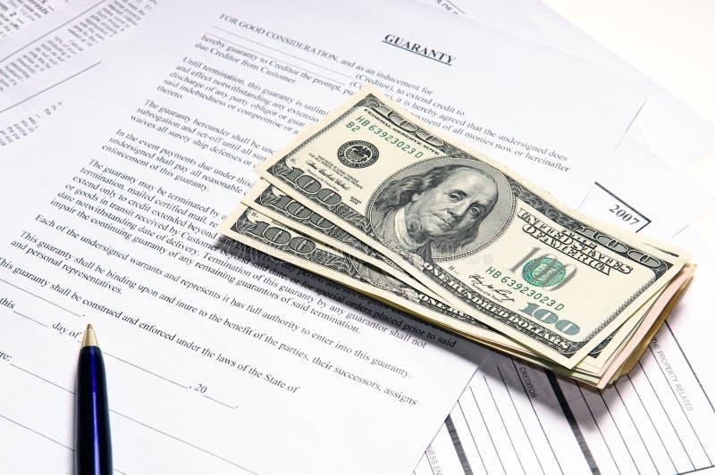 Unterschrift eine Vereinbarung lizenzfreies stockbild