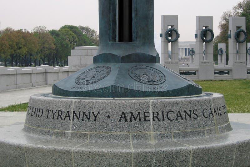 Unterseite der Markierungsfahne am WWII Denkmal lizenzfreies stockbild