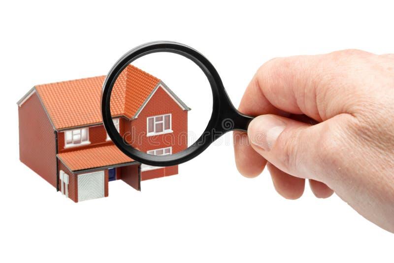 Untersuchung eines Hauses lizenzfreies stockbild