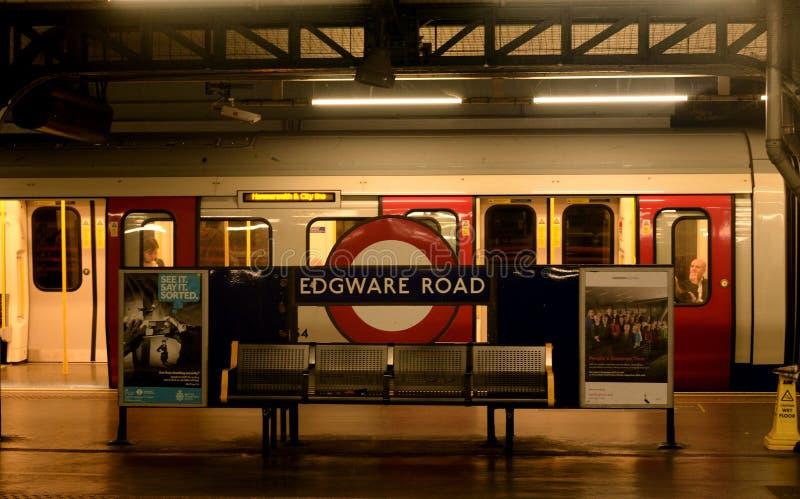 Untertage-edgware Straßenstation in London lizenzfreies stockbild