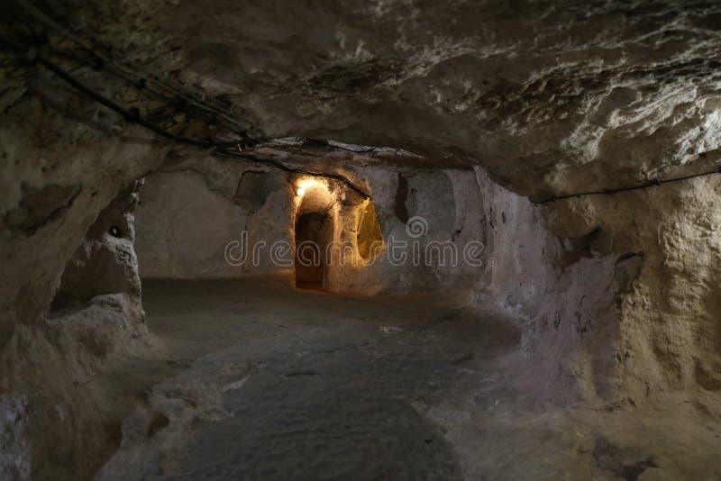 Untertagestadt Derinkuyu in Cappadocia lizenzfreies stockbild