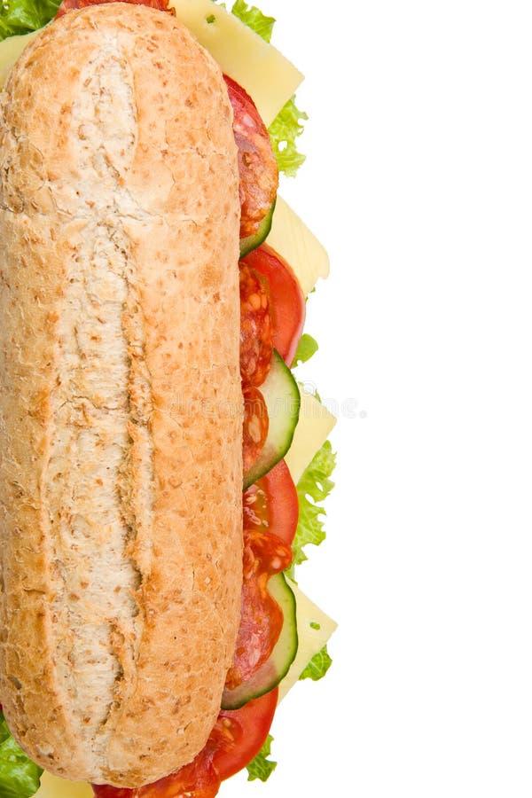 Unterwassersandwich der frischen Salami auf Weiß lizenzfreies stockfoto