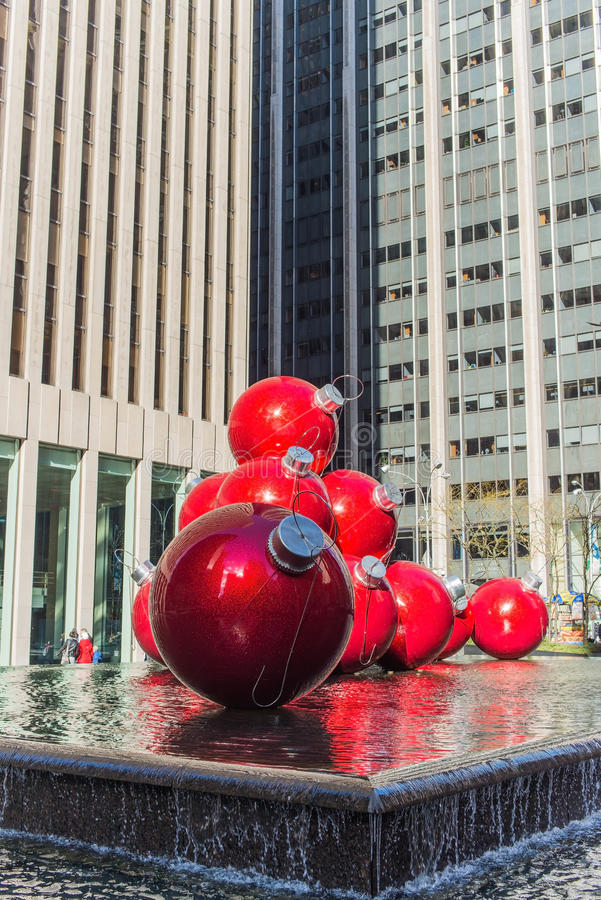 Download Unusual Art To The Streets Of New York A Clear Day Editorial Stock Image - Image: 35790649