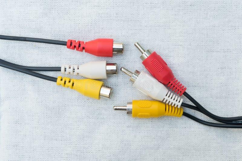 Unvollständige Kabelverbindungsstücke lizenzfreies stockfoto
