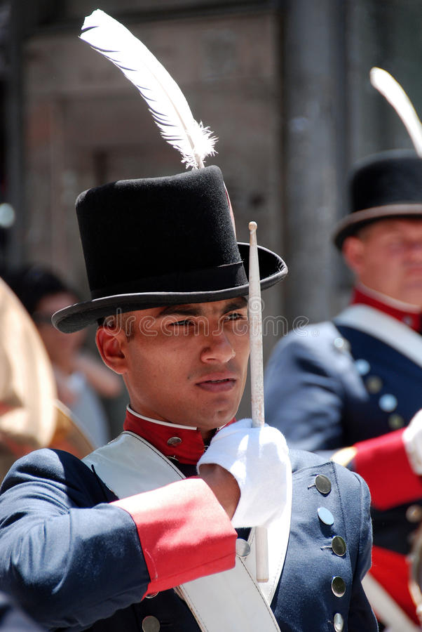 Uomini in costume del soldato fotografia stock