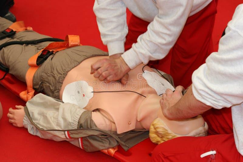 Uomini dell'ambulanza immagini stock