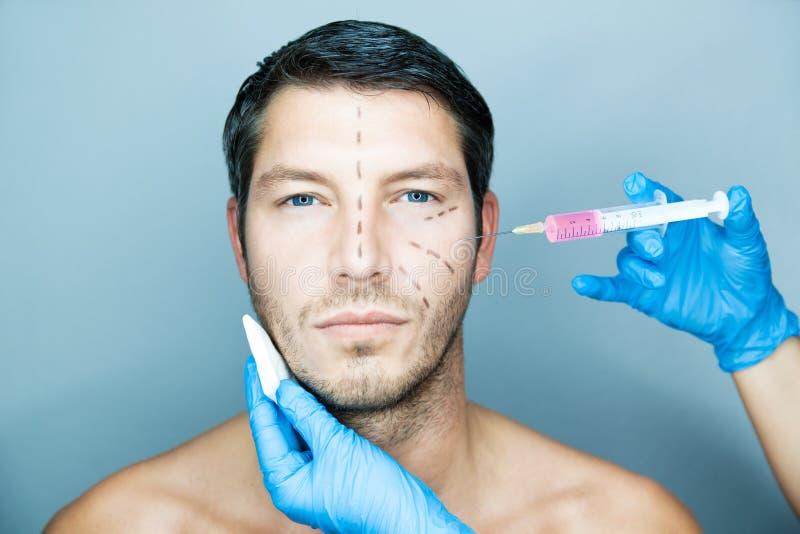 Uomo antinvecchiamento fotografie stock