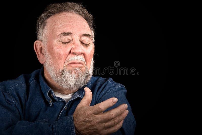 Uomo anziano che ha bisogno della guida fotografia stock
