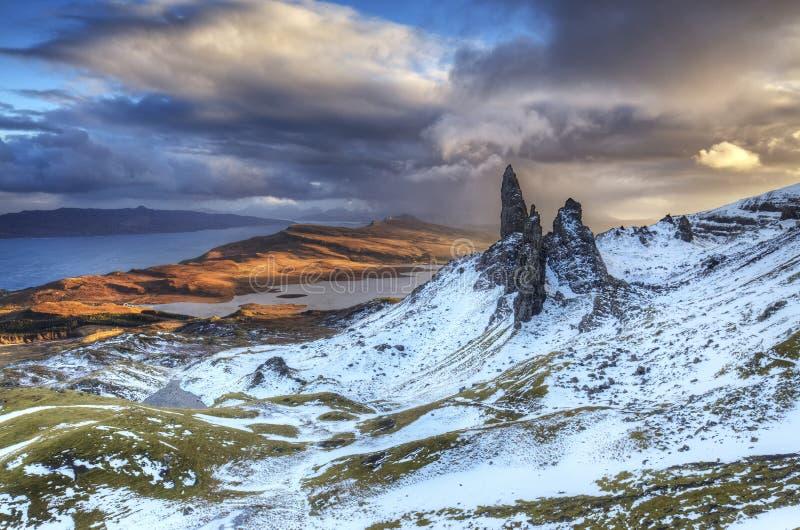 Uomo anziano di Storr, isola di Skye Scotland fotografie stock libere da diritti