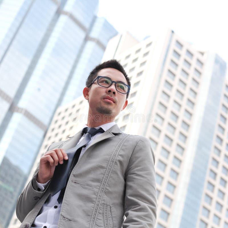 Uomo asiatico di affari immagine stock
