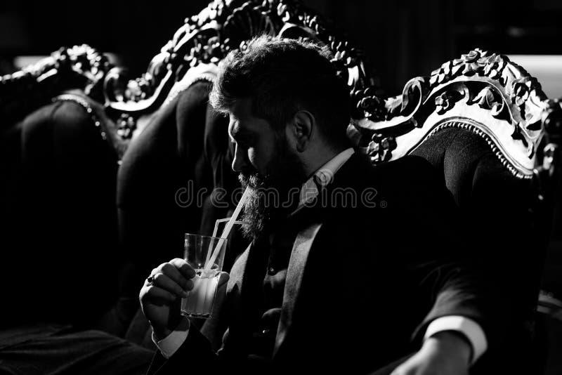 Uomo attraente di affari fotografie stock libere da diritti