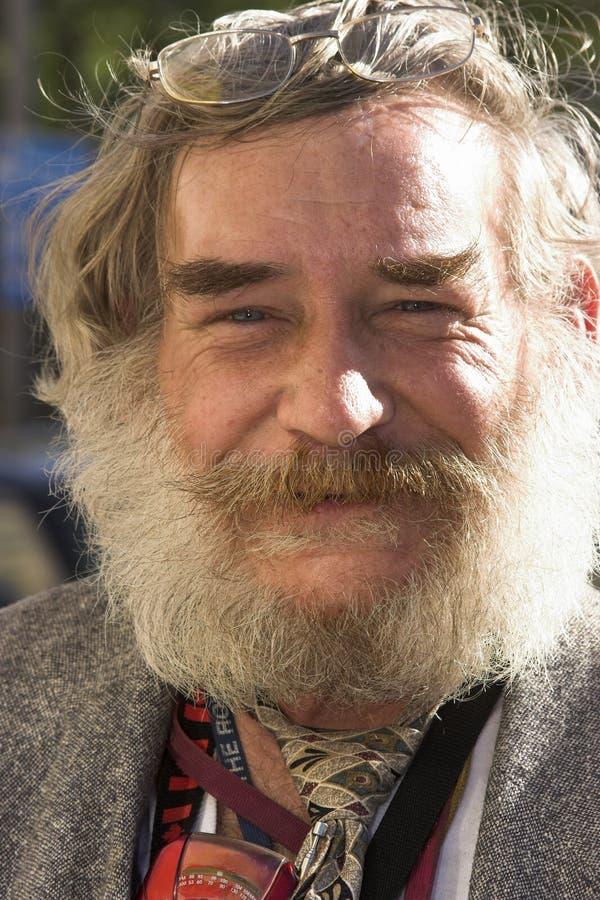 Uomo barbuto immagine stock libera da diritti