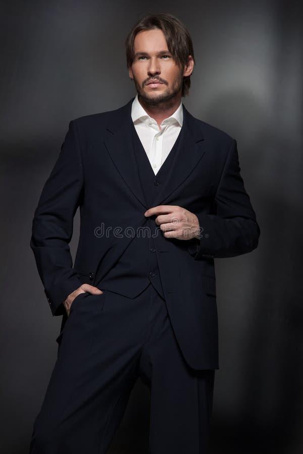 Uomo bello immagine stock libera da diritti