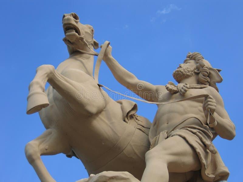 Uomo con il cavallo