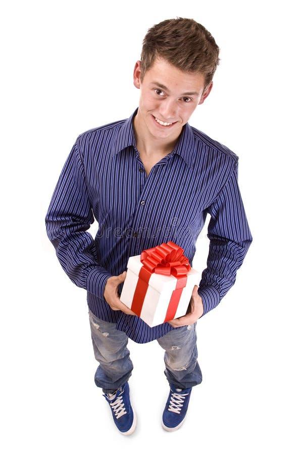 Uomo con il regalo fotografie stock