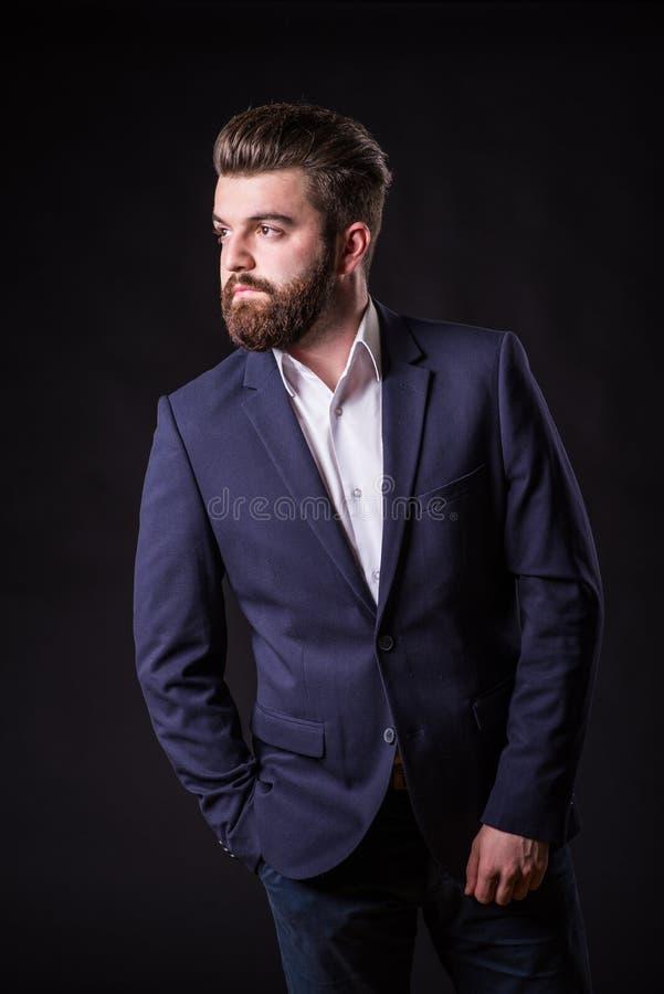 Uomo con la barba, ritratto di colore immagine stock