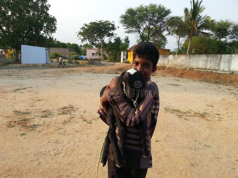 Uomo con la capra fotografia stock