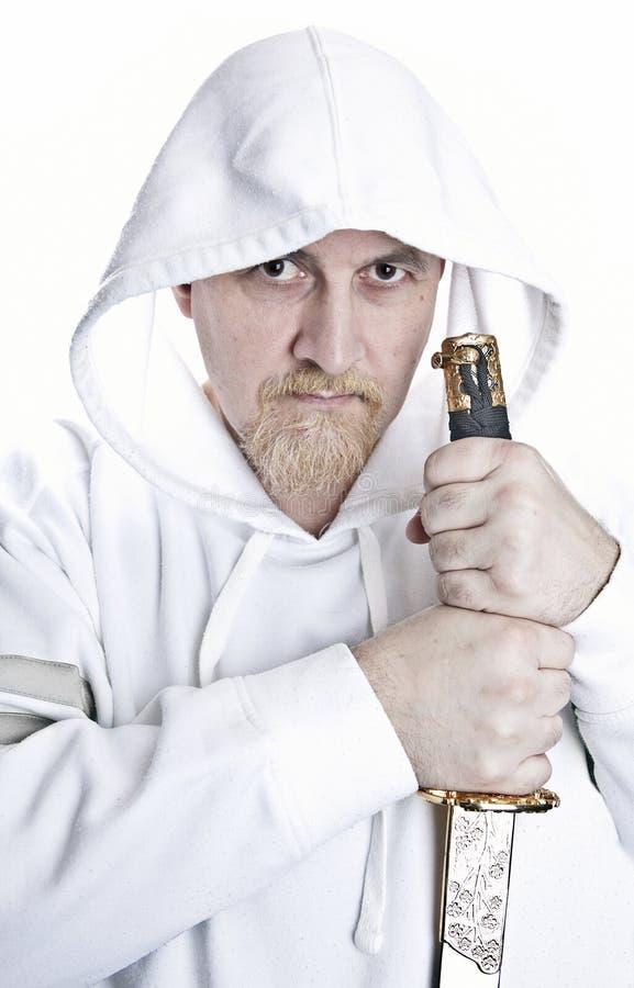 Uomo con la spada fotografie stock libere da diritti