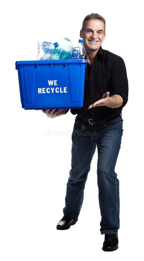 Uomo con una casella di riciclaggio fotografia stock