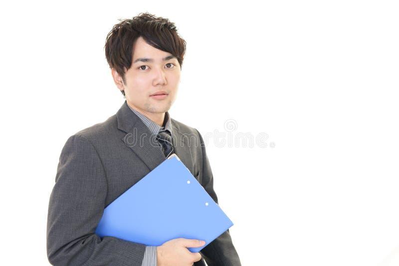 Download Uomo D'affari Asiatico Sorridente Fotografia Stock - Immagine di tipo, asiatico: 56881012