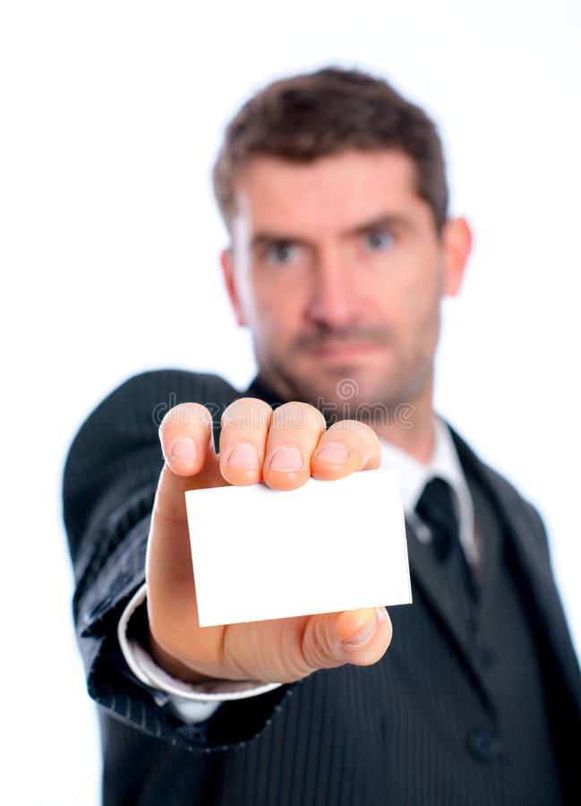 Uomo d'affari che mostra il suo biglietto da visita fotografia stock