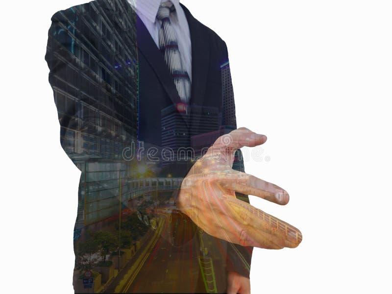Uomo d'affari che offre la sua mano per la stretta di mano accogliere o Congratulazioni sul grande progetto fotografia stock