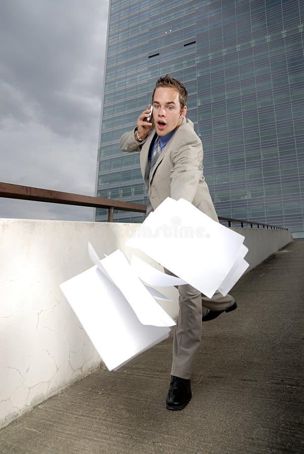 Uomo d'affari della persona dalle mani di pasta frolla fotografia stock libera da diritti
