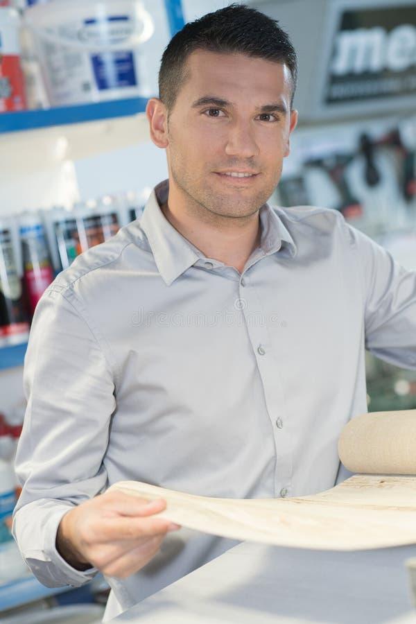 Uomo d'affari del ritratto con i piani fotografia stock libera da diritti