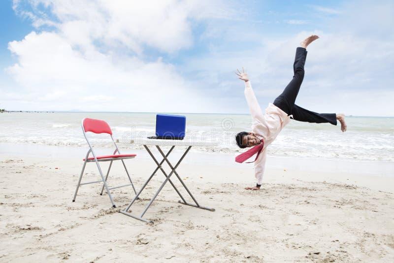 Uomo d'affari di Dancing immagini stock libere da diritti
