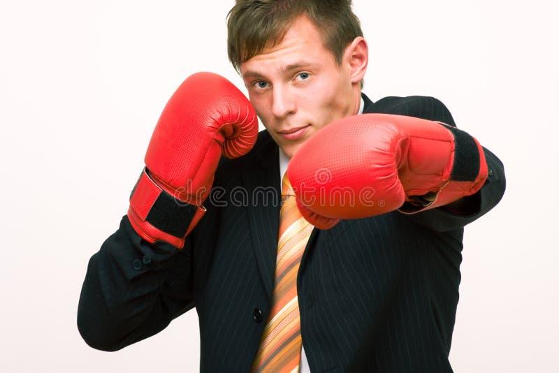 Uomo d'affari di pugilato fotografia stock