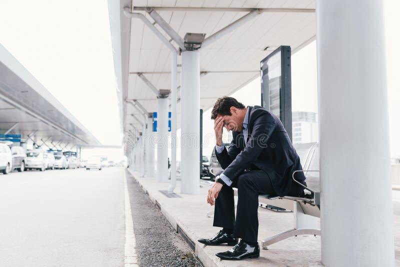 Uomo d'affari esaurito fotografia stock
