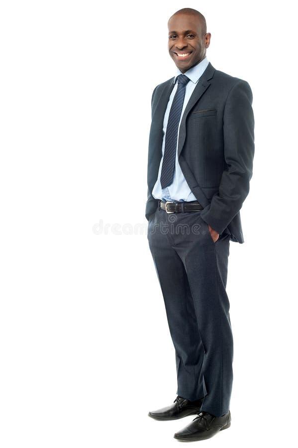 Uomo d'affari felice isolato su bianco fotografia stock libera da diritti