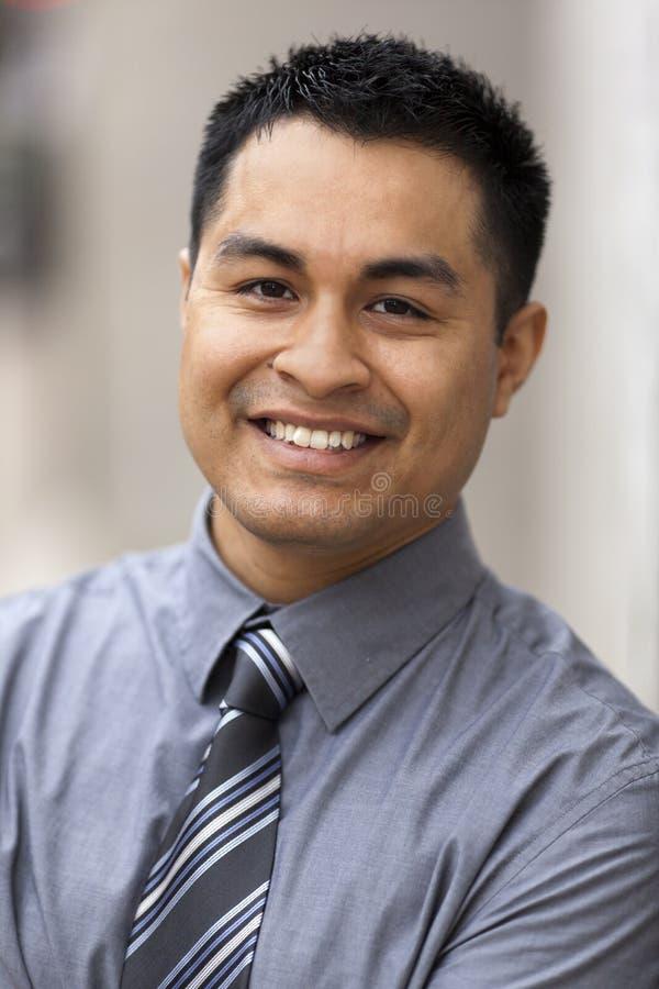 Uomo d'affari ispanico - ritratto di Headshot fotografia stock