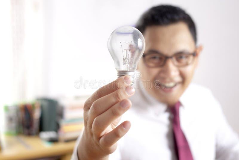 Uomo d'affari Shows Idea Concept fotografia stock libera da diritti
