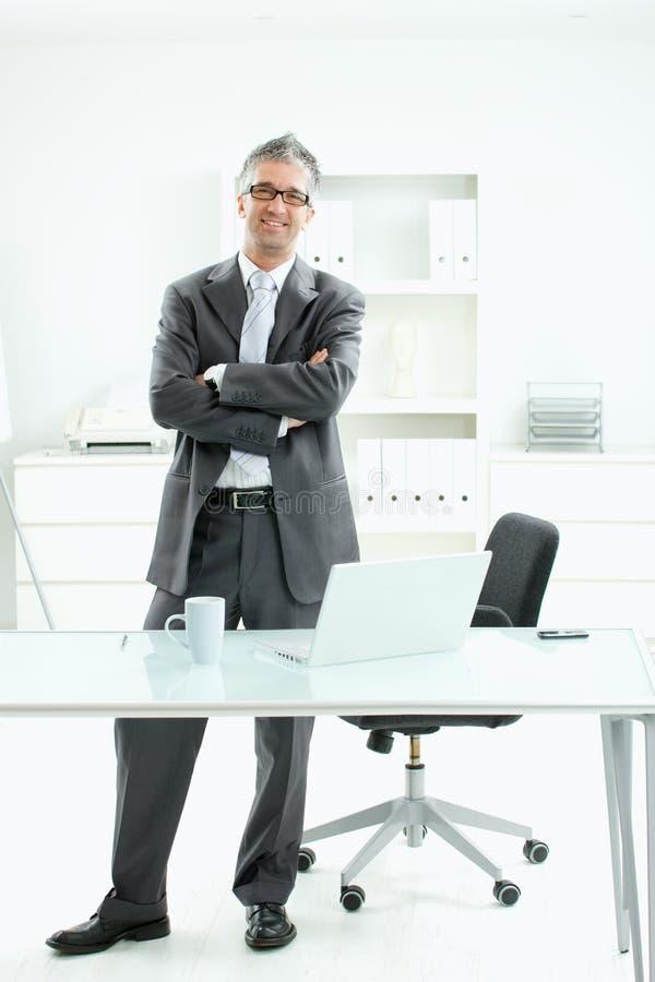 Uomo d'affari soddisfatto immagine stock