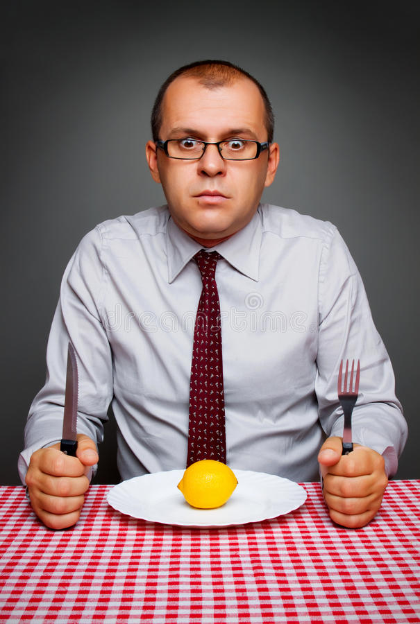 Uomo d'affari su una dieta fotografie stock