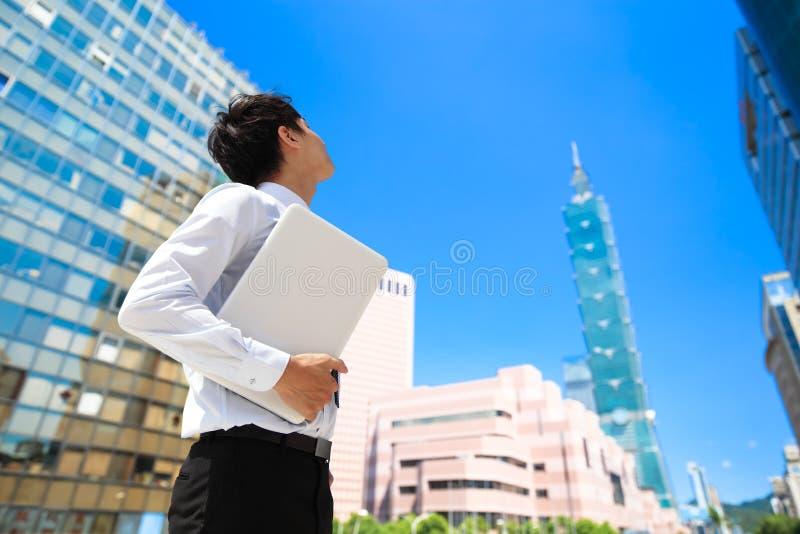 Uomo d'affari a Taipeh immagine stock