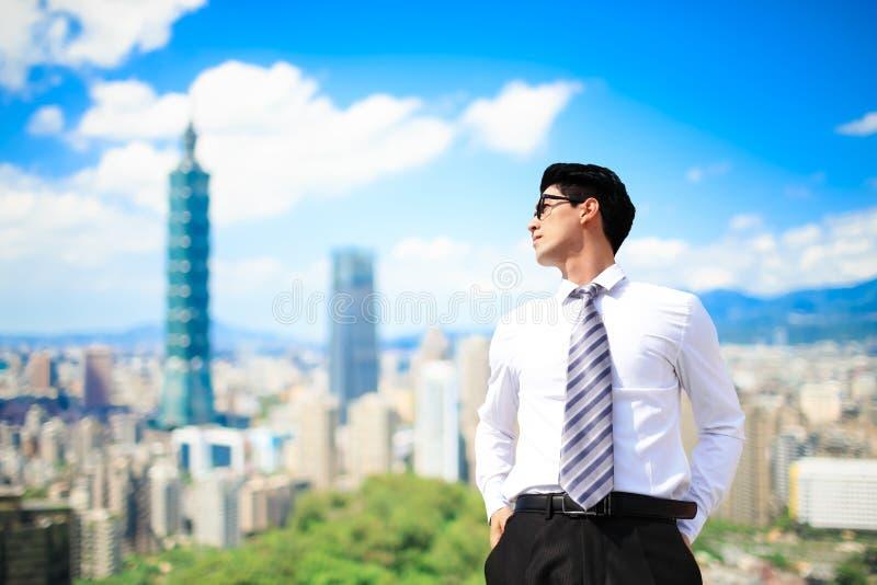 Uomo d'affari a Taipeh immagini stock libere da diritti