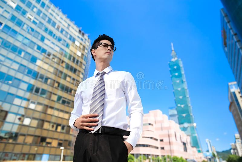 Uomo d'affari a Taipeh fotografia stock