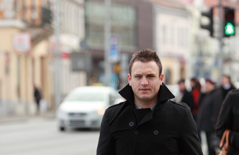 Uomo D Affari In Una Città Fotografia Stock